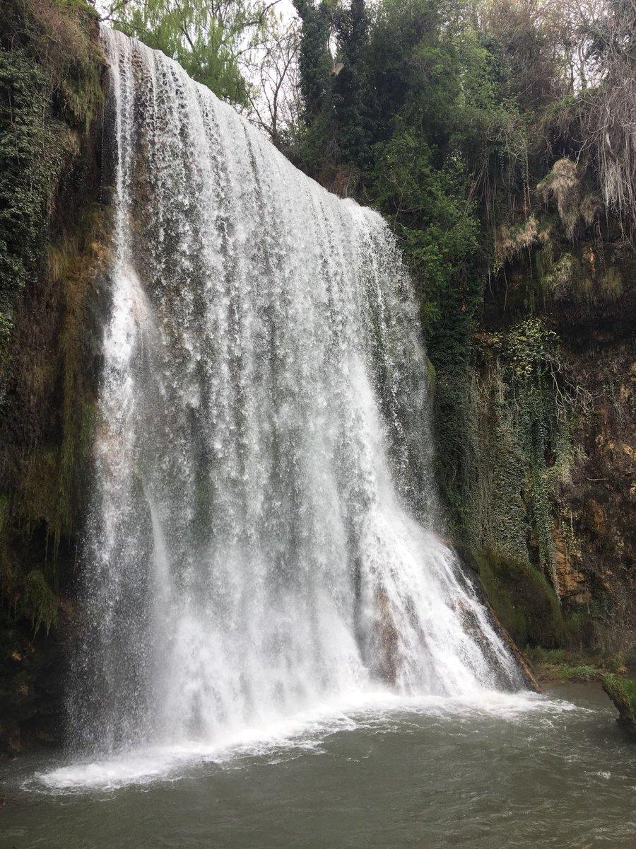 Cascada Caprichosa del Parque Natural del Monasterio de Piedra - Provincia de Zaragoza