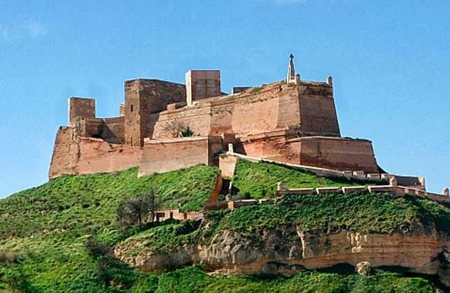 El último castillo templario el castillo de Monzón un lugar con mucha historia y muy interesante de visitar por Aragón