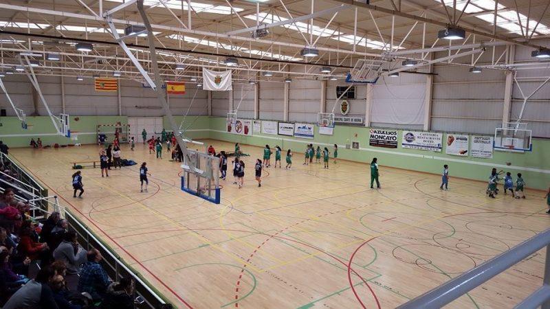 Cuarte de Huerva - Pabellón de parqué en el que se practica baloncesto