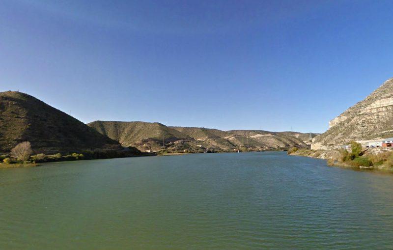 Bañarte en Aragón - Embalse de Mequinenza - Imagen de haypesca.blogspot.com