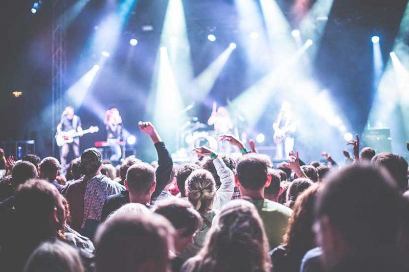 Pilares con buen ambiente - Música en directo, conciertos en cada esquina y todo un sinfín de estilos para disfrutar estas Fiestas del Pilar
