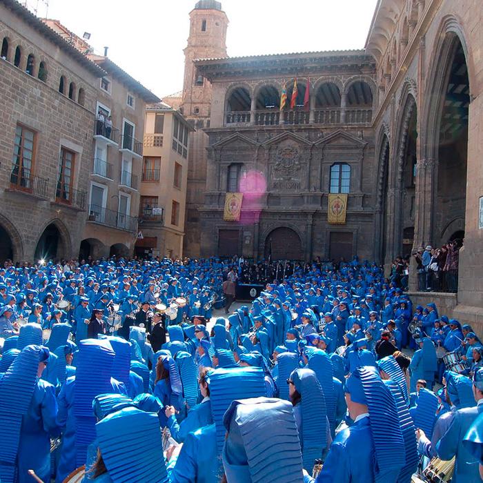 Ruta del Tambor y bombo. Rompida del tambor en alcañiz.Los mejores planes para desconectar esta Semana Santa en Aragón