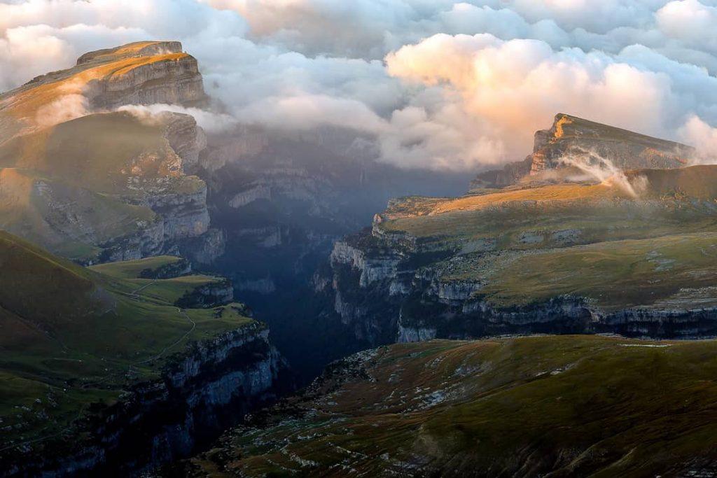 El Parque Nacional de Ordesa y Monte Perdido es uno de esos lugares que no puedes dejar de visitar este verano