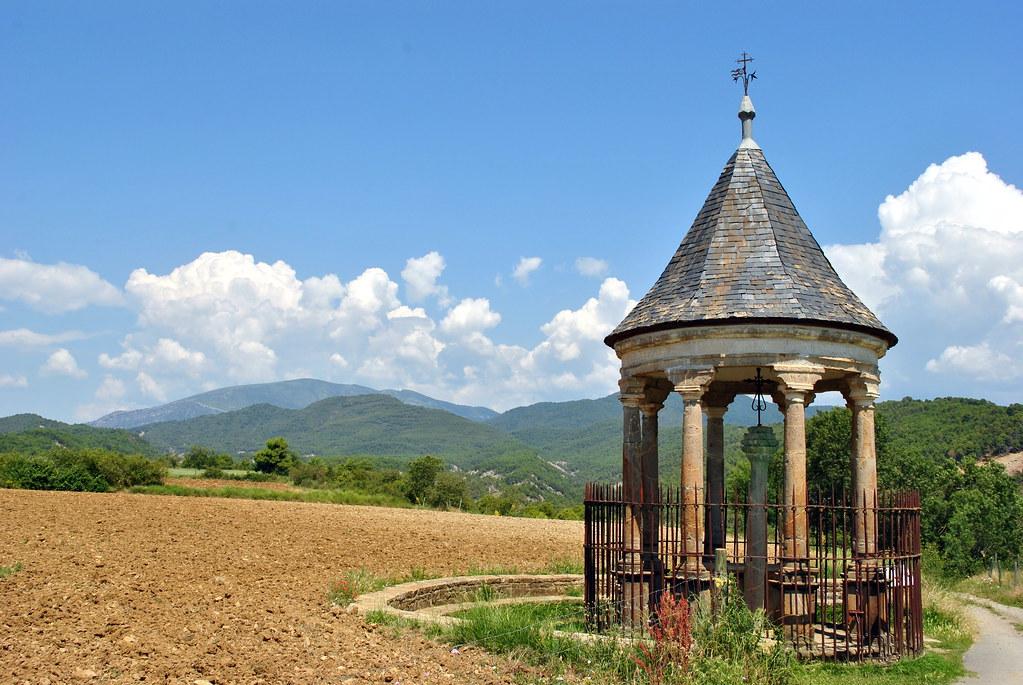 Fuente Flickr. La Cruz Cubierta de la Aínsa medieval