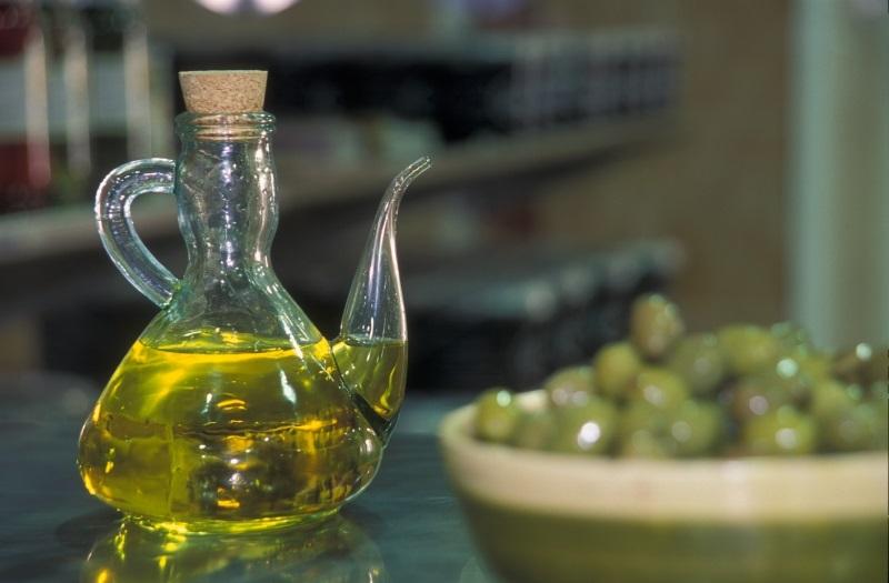 Fuente Mataranyaturismo.es.Aceite de oliva DO Bajo Aragón, una de las delicias del Matarraña.